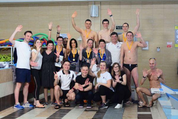 Ежегодный турнир по плаванию среди взрослых